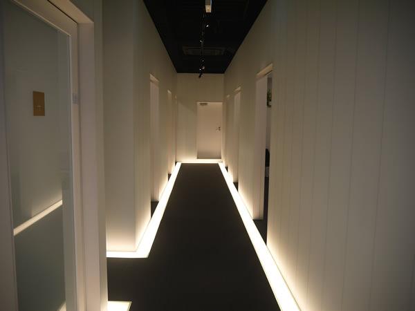新宿三丁目店3Fの廊下
