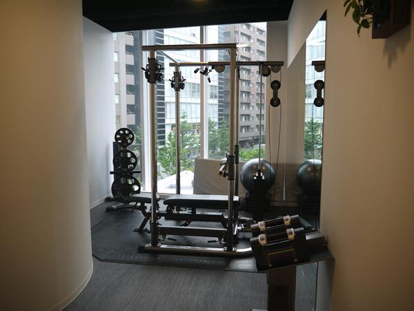 開放的なトレーニングルーム