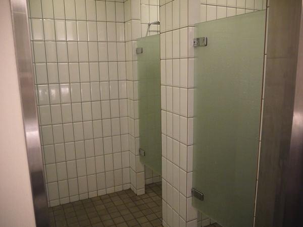 女性用シャワールーム