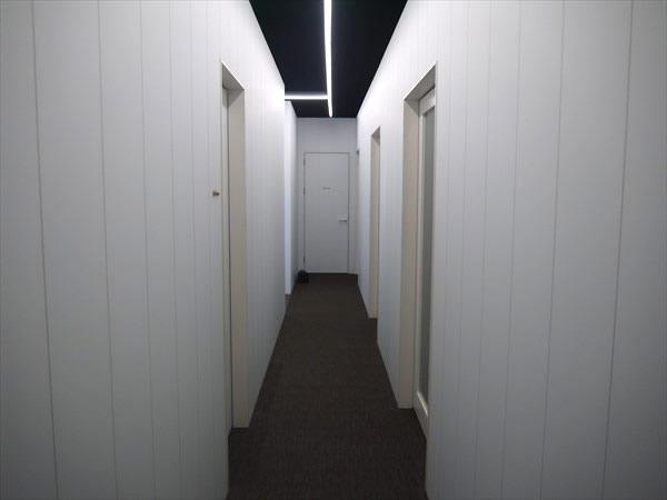 ライザップ下関店の廊下の様子