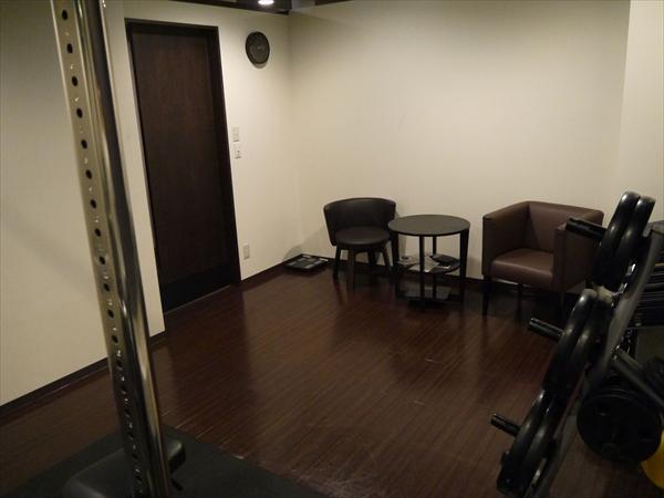 トレーニングルーム全体(逆視点)
