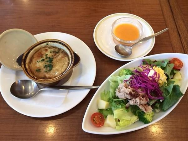 ペア46日目の昼食1