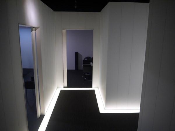 エレベーター前のセッションルーム