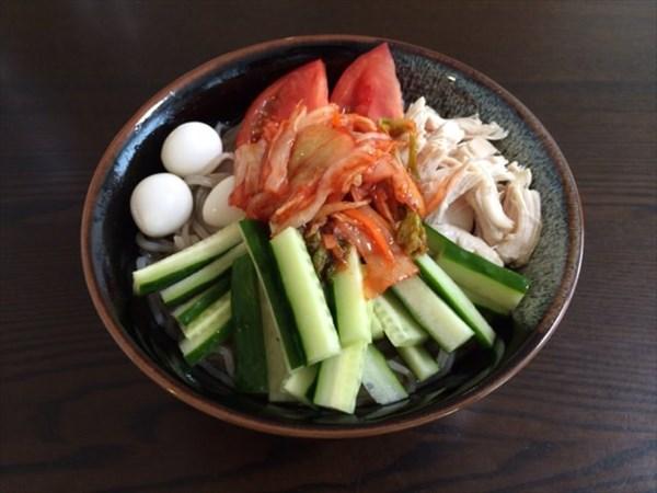 21日目の朝食の韓国冷麺