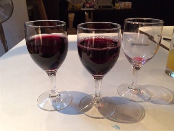 結婚式2次会で飲んだ赤ワイン