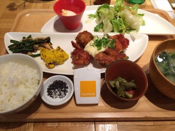 鳥南蛮定食とメタバリア