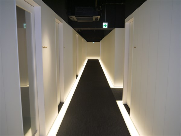 ライザップ小倉店の廊下
