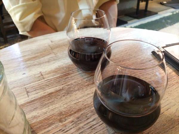 深夜の赤ワイン
