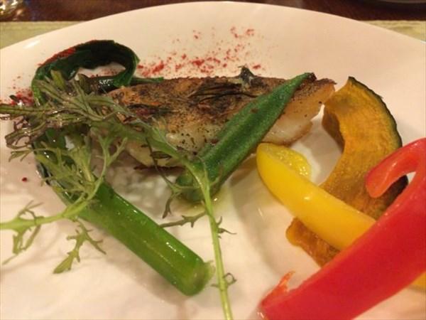 魚のメイン料理