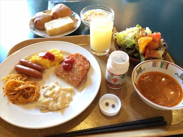 モンゴリアビレッジでの朝食とメタバリア2粒