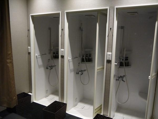 ライザップ鹿児島店のシャワーブース