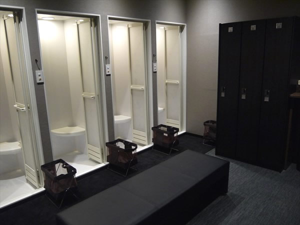 名駅南店のシャワールーム