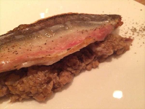 コースの魚料理