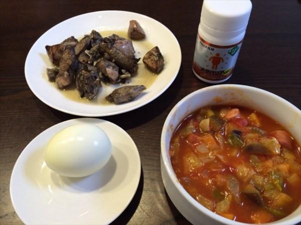鶏炭火焼きとミネストローネとメタバリア