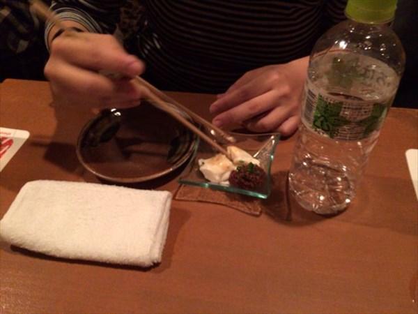 味噌をどかすゆみぞーさん