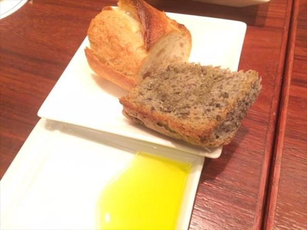 バゲットとパン