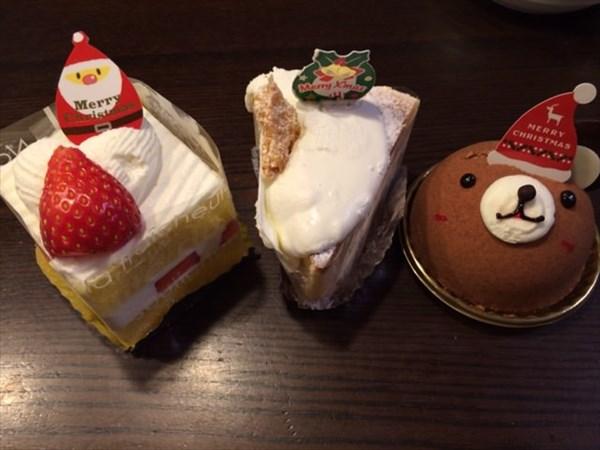 クリスマスイブに食べたケーキ3個