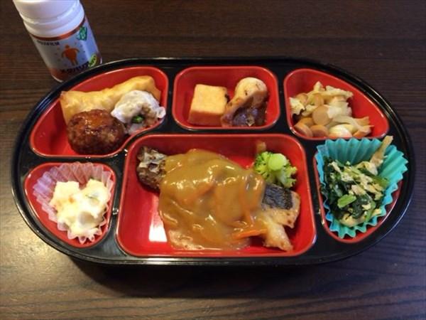 生協の魚系の弁当とメタバリア