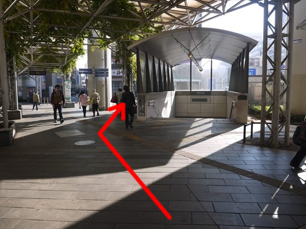 地下歩道への階段