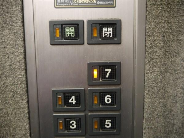 エレベーターで7Fへ