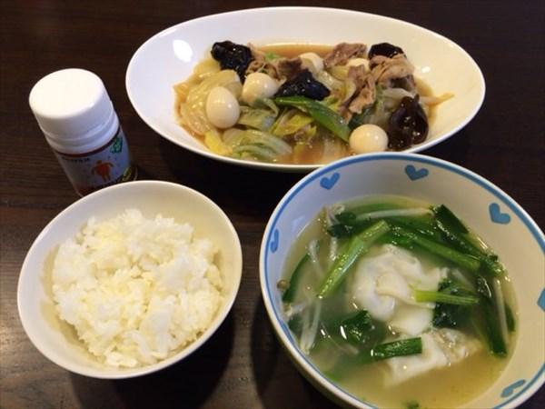 八宝菜と餃子スープと白ご飯