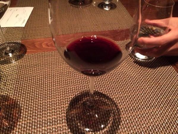 追加でグラスワインを...