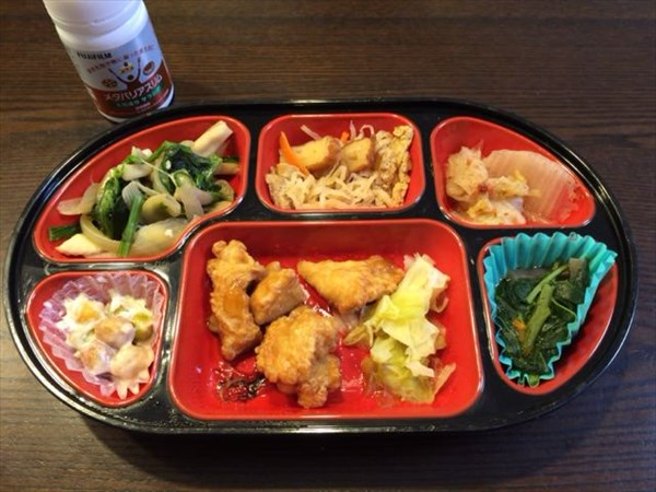 生協の弁当とメタバリアスリム