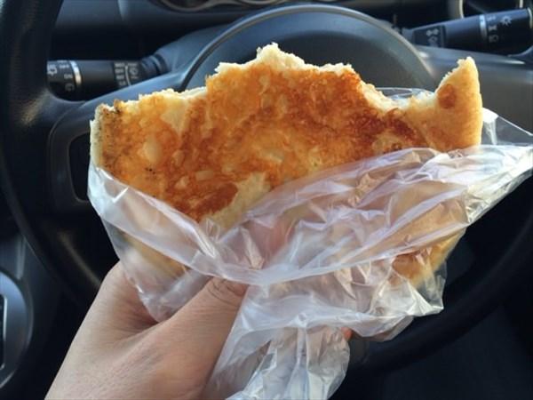 カリカリチーズパン