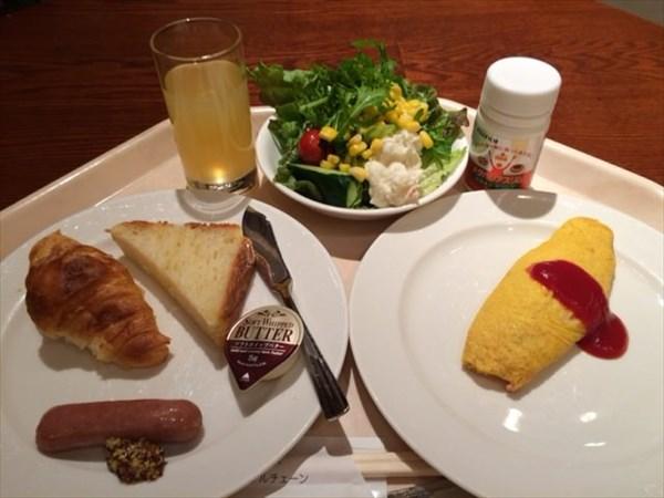 ホテルの朝食とメタバリアスリム
