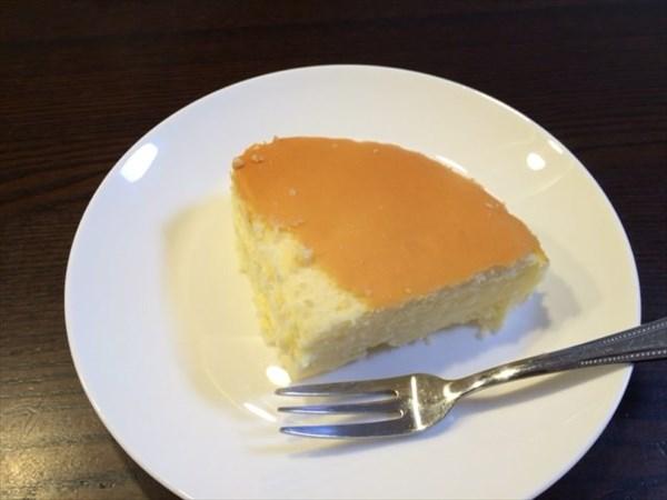 食後に食べた御用邸チーズケーキ
