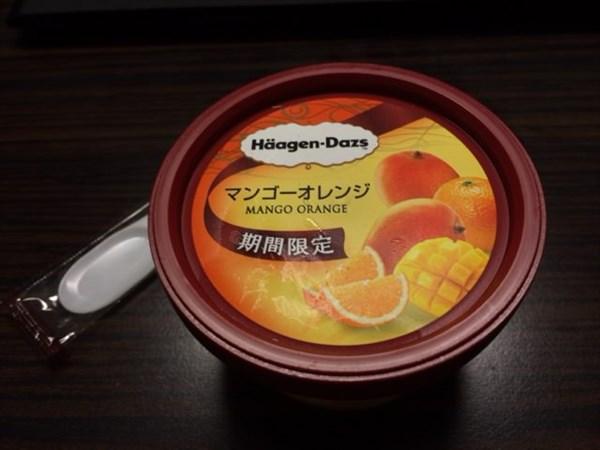 ハーゲンダッツのマンゴ-オレンジ