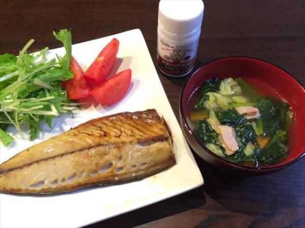 焼き鯖と野菜スープとメタバリアスリム