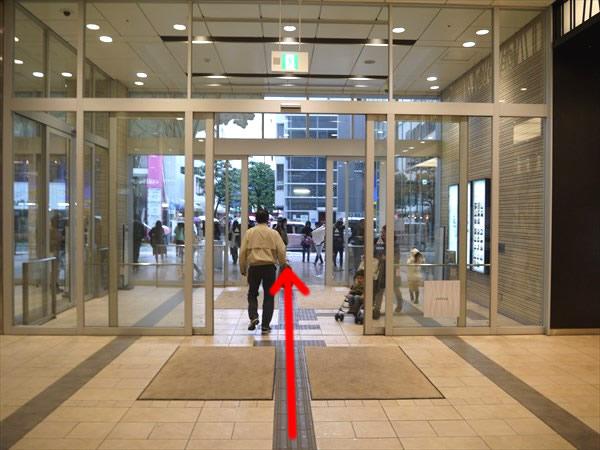 新静岡セノバ出口