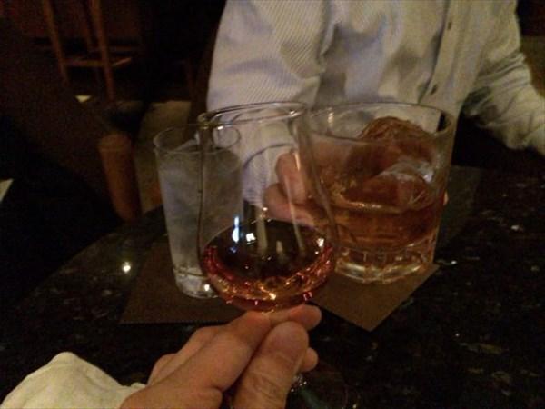 三次会は蒸留酒で乾杯!