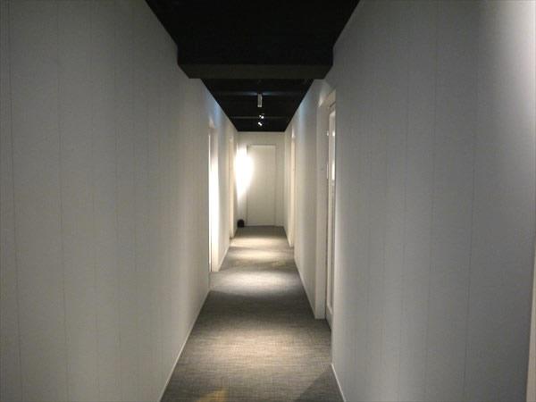 ライザップ堺東店の廊下