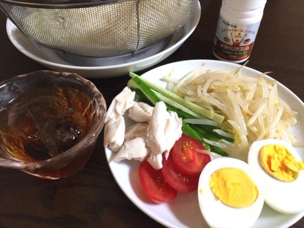 素麺と具材とメタバリアスリム