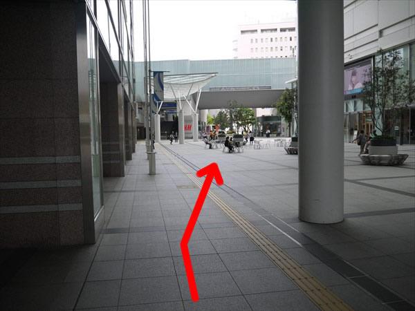 遠州鉄道「新浜松駅」に向かって進む