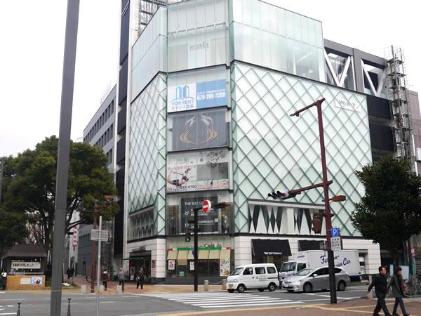 ライザップ姫路店のビル外観