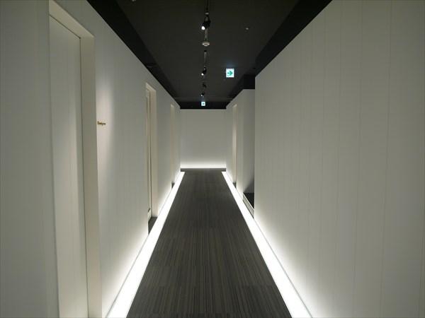 ライザップ姫路店の廊下の様子
