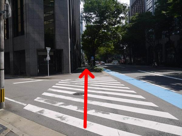 信号のない大きめの横断歩道