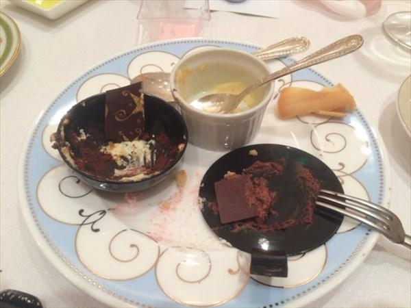 食べた後のデザート皿