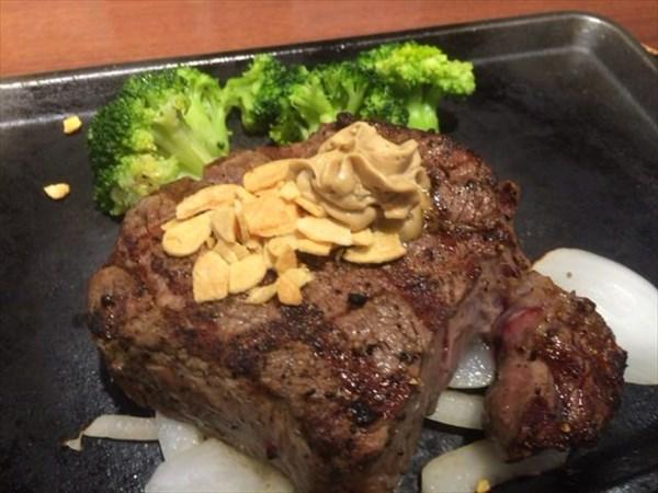 6/8の夕食でたべたいきなりステーキ200g(フィレ)