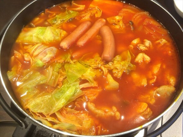6/14の夕食に食べたトマト鍋