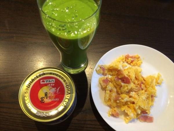 6/26の朝食は缶詰とチアシードなしスムージー