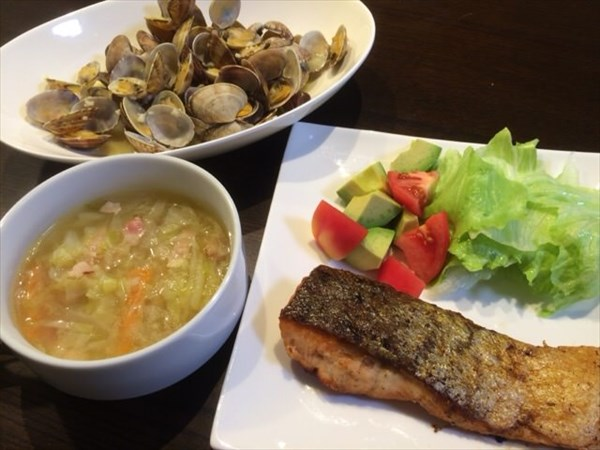 6/27の夕食は焼き魚と野菜スープ