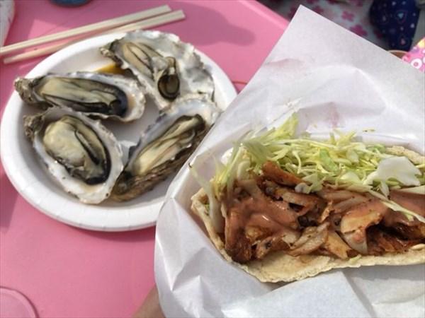 ケバブサンドと牡蠣