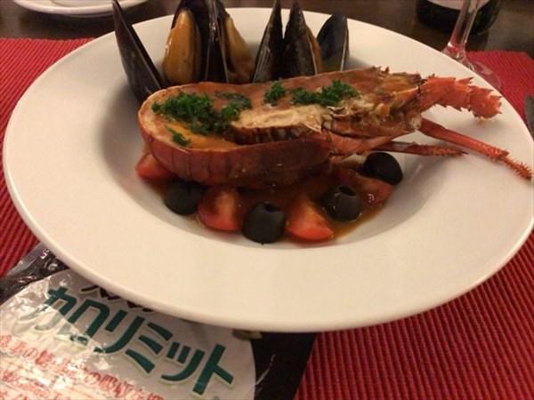 1日目のメインの魚料理とカロリミット