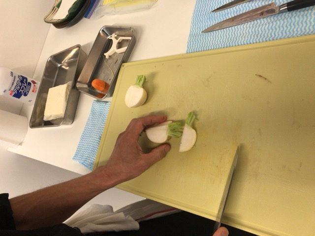 天ぷら材料切る2