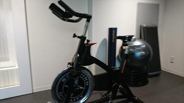 ライザップの有酸素トレーニングメニューのバーンアップという自転車